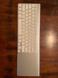 Apple Magic Keyboard and Trackpad Toronto, M5E 0A5