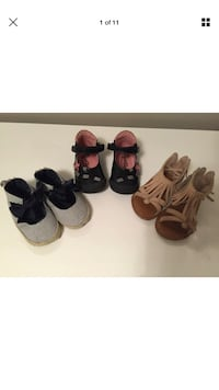 Baby girl lot shoes size 4,6,21 Laval, H7W 3R7