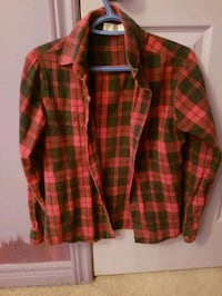 red and black plaid dress shirt Toronto, M1B 3H6