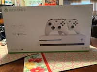 Xbox One S console with controller box Perth Amboy, 08861