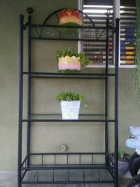 Black display with glass tops Bakersfield, 93307