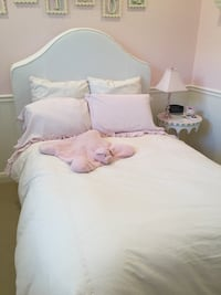 Pottery Barn full sized headboard with white custom twill slipcover. Piping in pink and green Boca Raton, 33496