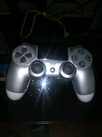 Sony PlayStation Controller