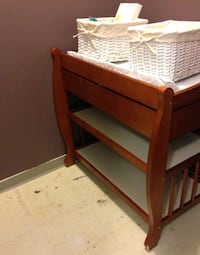 baby change table $60 3ft height 3ft wide