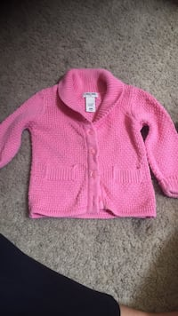 Button up sweater 9 months Myrtle Beach, 29588