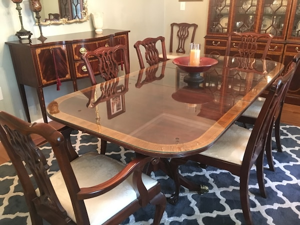 Councill Craftsman Mahogany Dining Room set