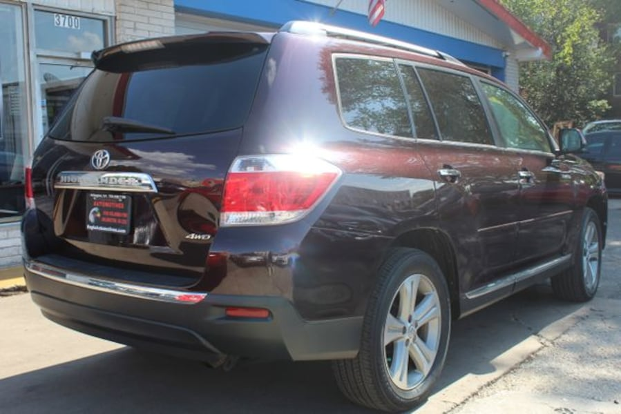 Used 2011 Toyota Highlander for sale 35392a9c-6bbe-40d6-b975-a01c8dad3677