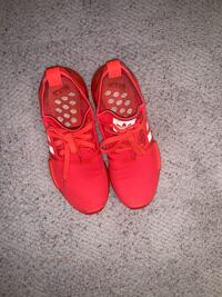 Nmd R1 Solar Red Size 9 Coquitlam, V3B
