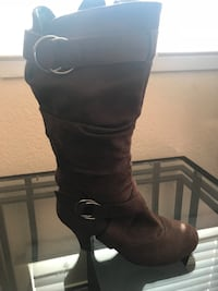 Brown boots Size 6 1/2 Salinas