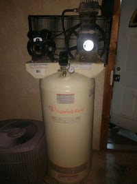 Ingersoll rand compressor 62 gallons model ss-5 Indio, 92201