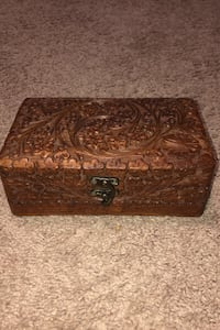 Wood Jewelry Box with Flower Design London, N6H