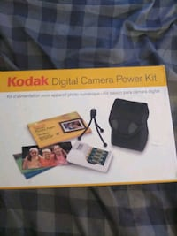 * KODAK* DIGITAL CAMERA POWER KIT????*