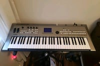 Yamaha MM6 synthesizer with AKG Studio Headphones Vaughan, L6A 4C2