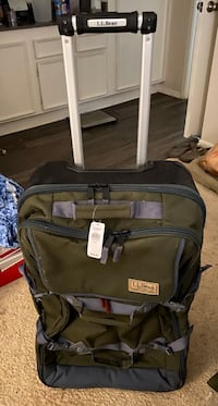 LL Bean travel bag , NEW. $60 Great for camping !
