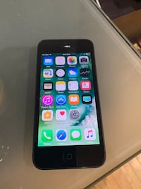 iPhone 5 16GB unlocked in great condition  Clifton, 20124