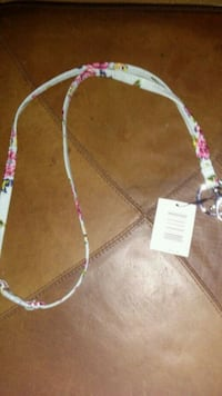 white and pink beaded necklace Lynnwood