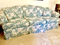 Downsizing! Couch Gambrills, 21054