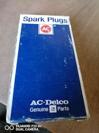 Spark plugs 8 pack brand new Claymont