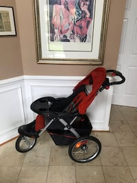 Baby's red and black jogging stroller Frederick, 21704