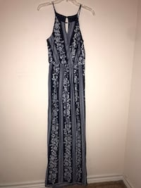 Women's small navy blue and white flower maxi dress with slit in the bottom  Round Rock, 78664