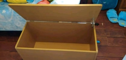 Storage box or toy chest