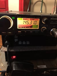 Icom dualband. Uhf side not working. Works great on 2- meter side. Has tone board Kemah, 77565