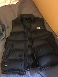 North Face Vest (medium) Surrey, V3S 9J4
