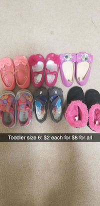 toddler's assorted pairs of shoes Altoona, 54720