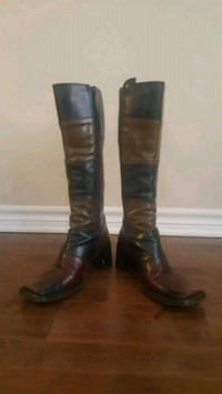 Lady's leather boots