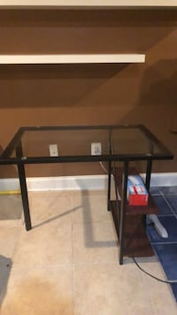 black metal framed glass top table Woodbridge, 22192