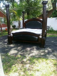 King bed Plant City, 33563