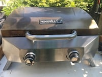 Next grill. 1 year old. Good condition. Comes with 8 kg tank טורונטו, M5N 2P5