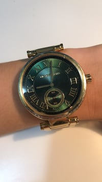 Michael Kors watch, lightly worn, new battery Toronto, M5A