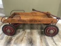 Very old wagon in beautiful condition Barrie, L4M 6V6