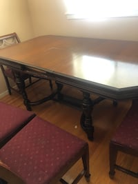 Solid Walnut dining table , 6 chairs Toronto, M2R 1H1