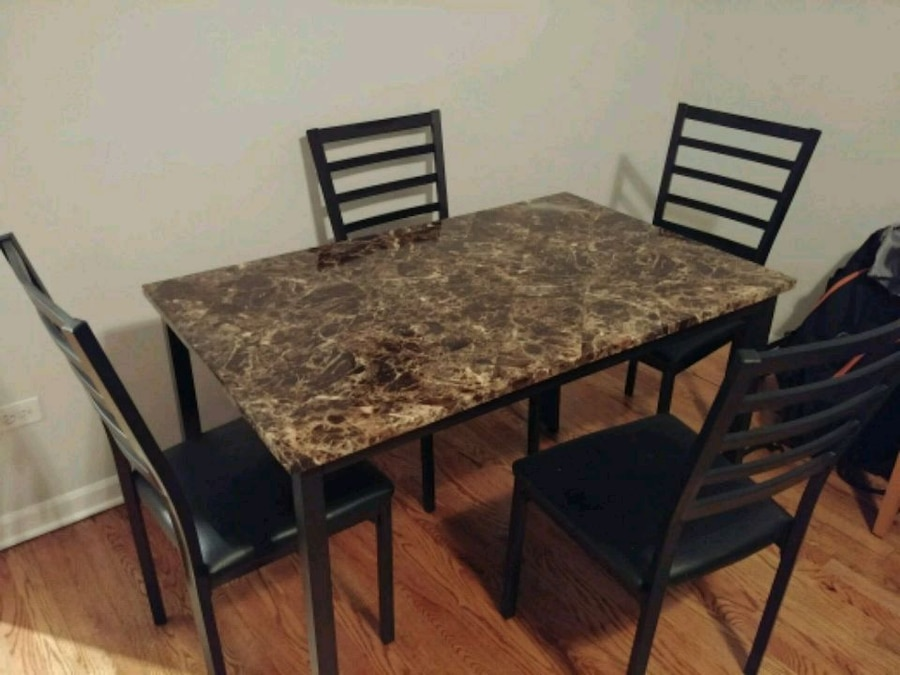 used dining room 4 person table with chairs for sale in chicago letgo rh gb letgo com
