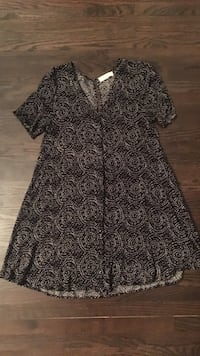 Staring at Stars button up dress - from UO - size large Toronto, M3H 1E2