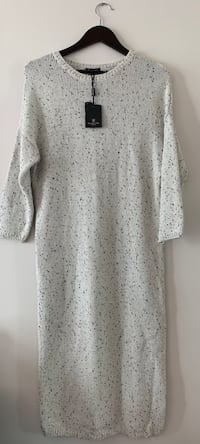 Never worn Massimo Dutti sweater dress!! Toronto, M5J 2T5