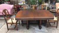 Antique Table with 5 Chairs and 3 Leafs Birmingham, 35206