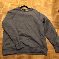 Dark blue crew neck  Ottawa, K1S 5G3