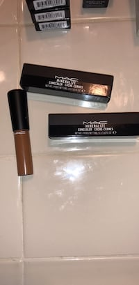 mac makeup concelar  2 for   20 one for 10 Long Beach, 90810