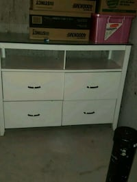 white wooden 3-drawer chest Winnipeg, R3T