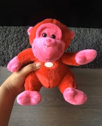 Red Monkey with Kissing Sound