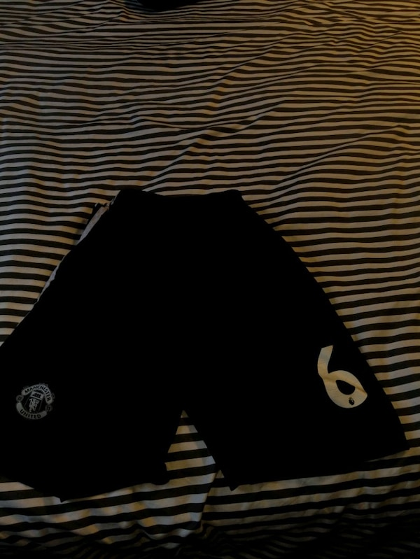 Paul Pogba jersey and shorts 2