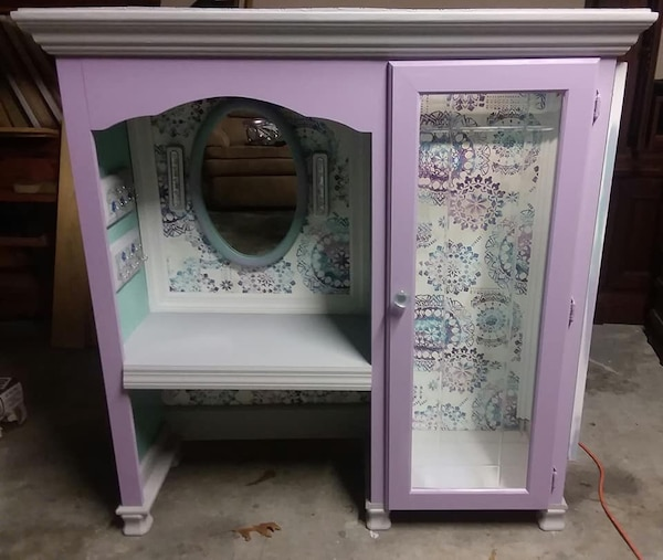 Little Girls Vanity and Dress up Closet  Props not included