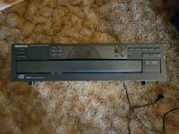 black Kenwood 5 disk player  Kamloops, V2B 3C9