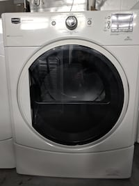 dryer Maytag front load white digital null