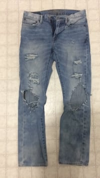 blue denim distressed denim jeans Wallaceburg, N8A 4P4