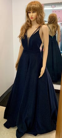 New With Tags Size 10 Formal Gown $185