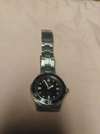 200 meter Swiss army divers watch Colonial Heights, 23834
